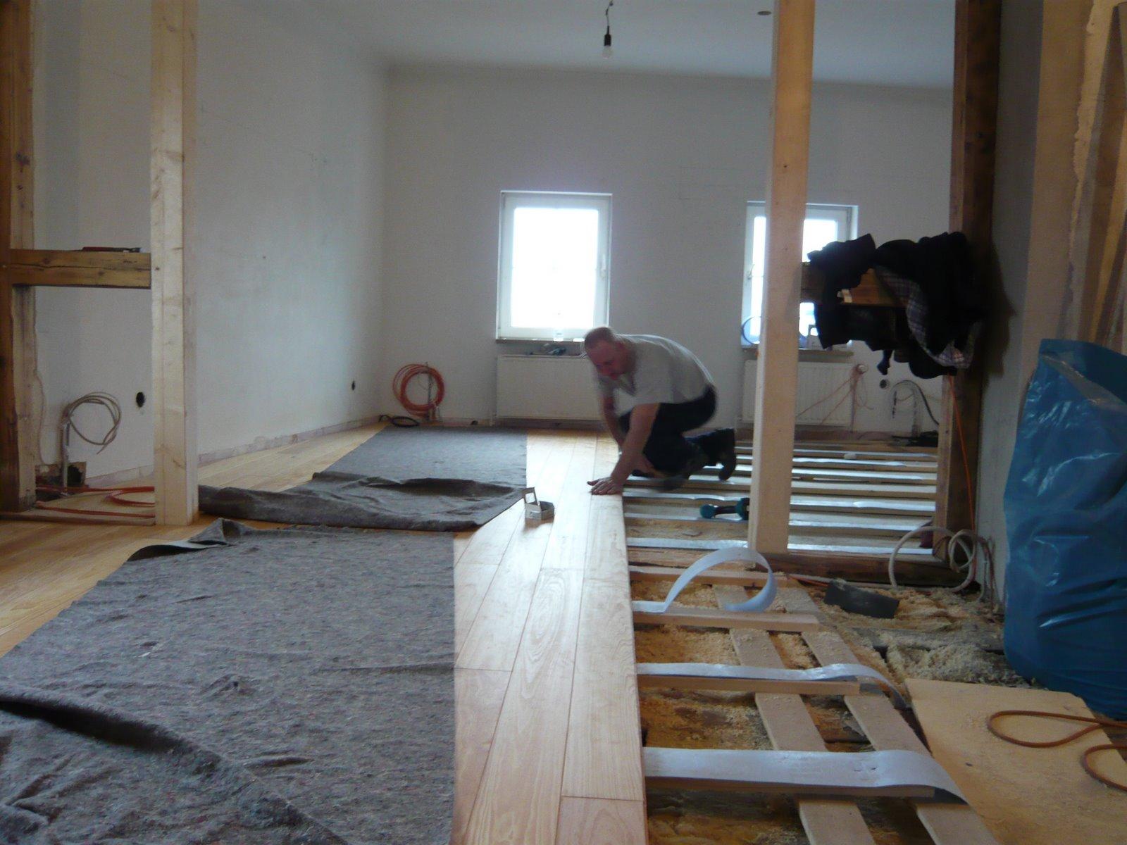 mopsis baublog der boden kommt. Black Bedroom Furniture Sets. Home Design Ideas
