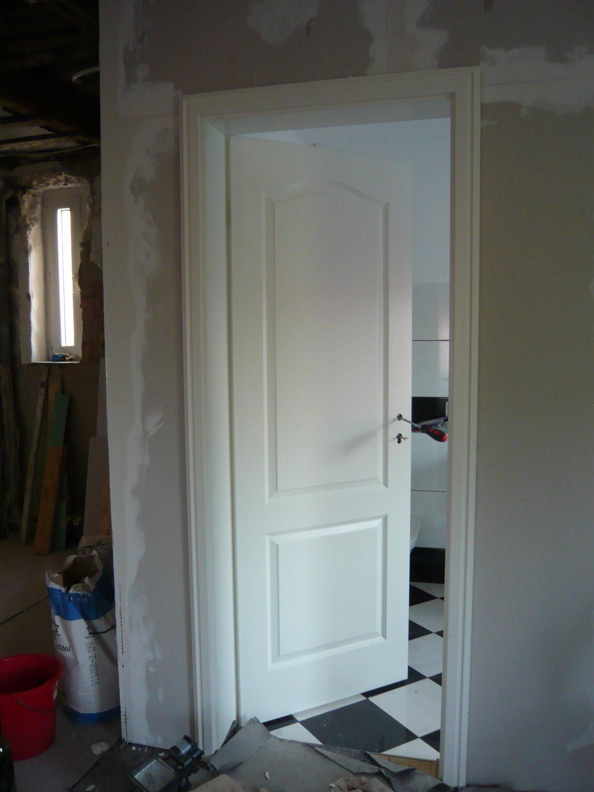 mopsis baublog badezimmert r eingesetzt. Black Bedroom Furniture Sets. Home Design Ideas