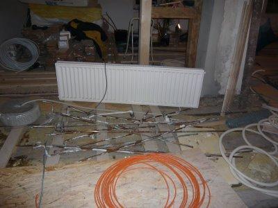 mopsis baublog heizk rper rein und raus. Black Bedroom Furniture Sets. Home Design Ideas